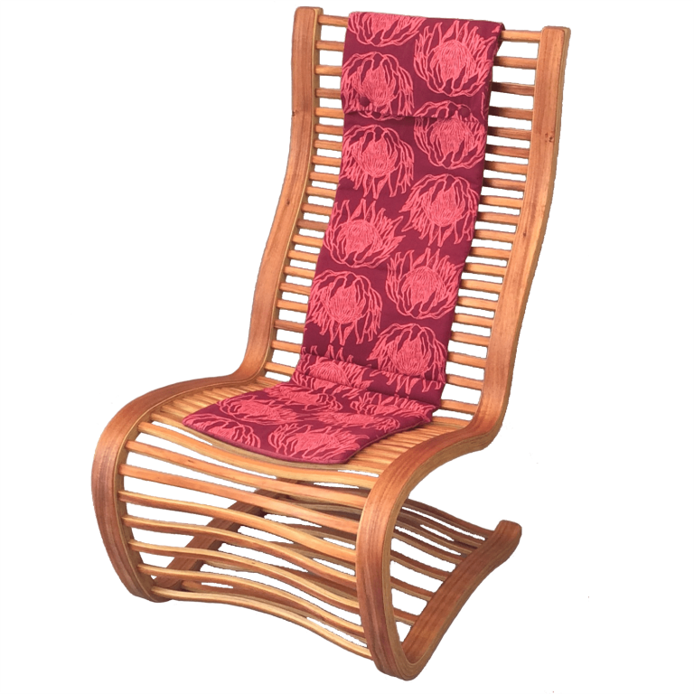 Springwood Lounger Blackwood with cushion
